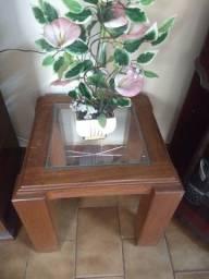 Vendo mesa de sala madeira maciça