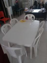 Mesa com 6 cadeira Ipanema