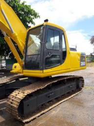 Escavadeira Pc 200
