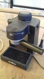 Cafeteira Expresso Britânia Manual CE1 Preto 220v