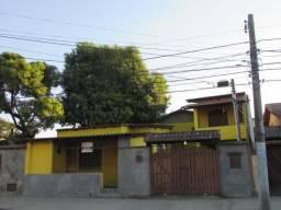 Casa Comercial no Colubandê - 271 m² - 4 Quartos - 3 Suítes - Garagem - São Gonçalo - RJ