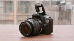 Canon T5 Conservada + Bolsa + Cartão