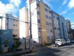 Apartamento com 2 dormitórios para alugar, 55 m² por r$ 700/mês - bandeirantes - juiz de f