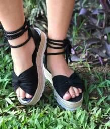 Lindas sandalias disponiveis nesse sabado enquanto durar o estoque