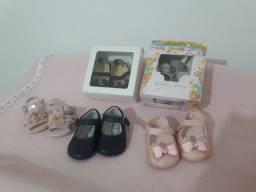 Sapatinhos e sandália