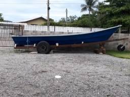 Canoa / bote em fibra