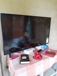 Vendo TV pra retirada de peças