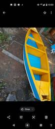 Barco com moto de polpa 5'5 mtr vai com Remo. *