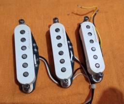 Troco por violão ou pedaleira