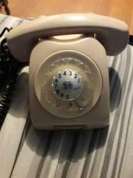 Telefone antigo, decoração