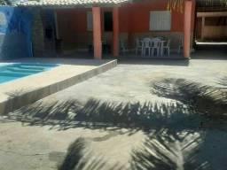 Alugo casa na praia do Abais por temporada.