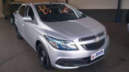 Chevrolet Onix 1.4 LT Completo 2013 Prata