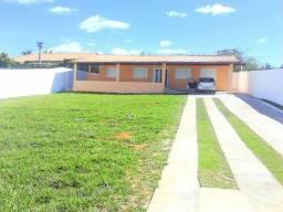 Alugo Casa 4 Quartos