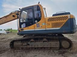 Escavadeira Hyundai