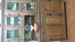 Vendo armário cristaleira madeira demolição