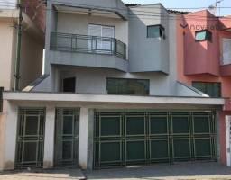 Sobrado alto padrão com 5 dormitórios e 4 andares para alugar, 380 m² por R$ 4.000/mês - P
