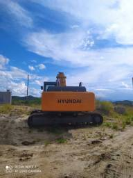 Escavadeira Hyundai R320 LC7 2011