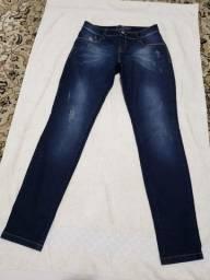 Título do anúncio: Conjunto 3 calças femininas tamanhos 40 e 42