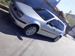 Vendo GOLF SAPÃO 2000/2001 17.000