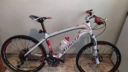 Bike de Carbono Specialized StumpJumper aro 26