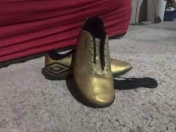 Chuteira Umbro Speed IV gold
