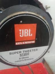 Twitter da selenium JBL st200