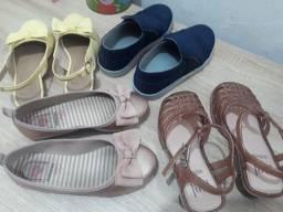 4 sandálias infantil