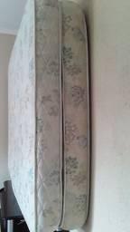 Dois colchões por R$ 300,00