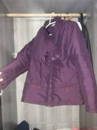 Vendo uma jaqueta feminina