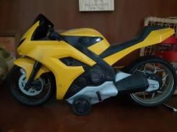 Moto com fricção pra andar
