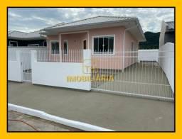 (TH1064) Casas únicas no terreno de 3 dormitórios! No bairro Bela Vista em Palhoça/SC!