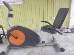 Bicicleta de acadêmia