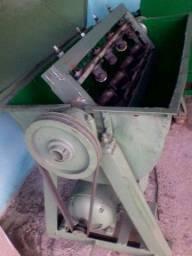 Máquina de Alinhar Vergalhão R$ 10.000,00