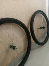 Rodas novas ,pneus novos , banco novo