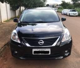 Nissan Versa SL 1.6 (Flex)
