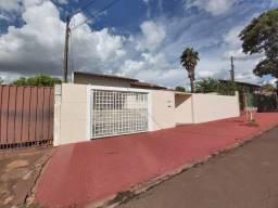 Casa p/ Locação de 3 qtos - Jd. Santos Dumont