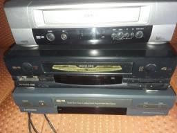 Vídeo cassete antigo tá parado