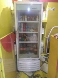vendo um expositor de bebidas  metal frio