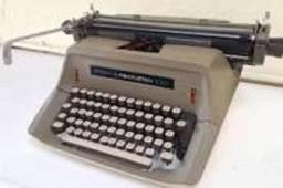 Máquina de escrever;