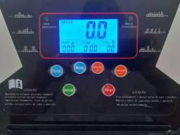 Esteira Ergométrica com visor digital 12km/h 220V - Basic+ Fitness