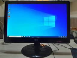 Monitor LG 20 polegadas LCD. LED, Semi Novo