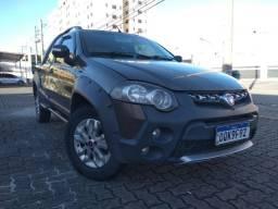 07 - Fiat Strada Adventure Cabine Dupla Dualogic 1.8 MPI 16V Flex  2013