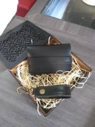 Carteira chaveiro é caixa!!Ótima opção para presente!!