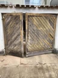 Vendo portão de Garagem