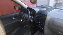 Fiat Strada cabine dupla 3 portas