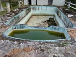 Reformas reparos ou consertos em piscinas de fibra em geral