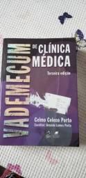 Livro acadêmico de Clínica Médica