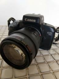 Camera Canon EOS750