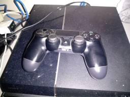 Vendo PS 4 com maís de 120 jogos inclusive FIFA 21 pes 21 GTA calk of dutt e muito mais