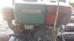 Motor diesel com quebrador/triturador